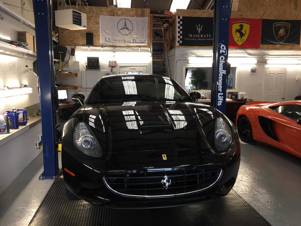 Ferrari California – Regular service, Hard Top Mechanism Issue